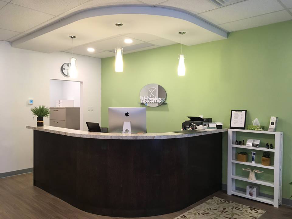 Front-desk_Body-renewal_fredericton
